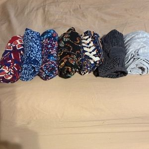 7 pairs of lularoe OS leggings